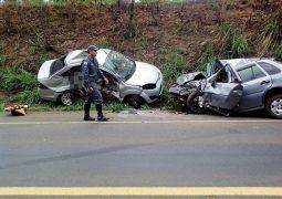 Grave acidente na BR-452 faz vítima fatal de São Gotardo