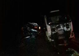 Chuva causa dois acidentes na BR-354 próximo ao distrito de Guarda dos Ferreiros