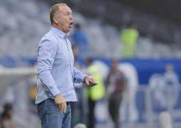 """Mano ressalta equilíbrio do Cruzeiro em vitória: """"Não somos a melhor equipe, mas podemos ser uma das mais organizadas"""""""