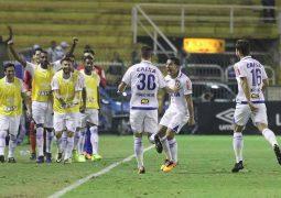 Cruzeiro domina Vasco, volta a vencer no Campeonato Brasileiro e se aproxima do G6