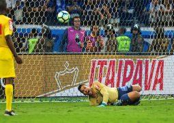 Nas mãos de Fábio, Cruzeiro vence Flamengo nos pênaltis e é penta da Copa do Brasil