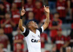 Oswaldo de Oliveira estreia, Robinho desencanta e Atlético Mineiro vence duelo de xarás