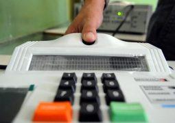 Biometria detecta 25 mil títulos de eleitor duplicados no Brasil