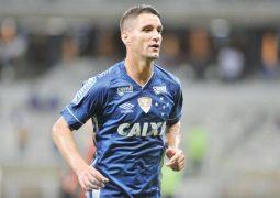 Cruzeiro vence Fluminense no Mineirão em noite de gala de Thiago Neves