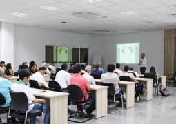 Com objetivo de melhorar negócios, encontro com cafeicultores é realizado no Sicoob Credisg de São Gotardo