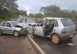 Veículo de São Gotardo se envolve em acidente, onde 7 pessoas ficaram feridas