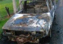 Homem furta veículo em São Gotardo, foge da PM em Rio Paranaíba e carro acaba pegando fogo na MG-230