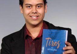 Estudante de Patos de Minas lança livro sobre a história de Tiros-MG