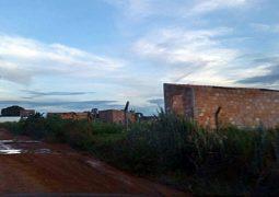 Faltando menos de 12 horas para Reintegração, pequeno grupo ainda permanece em assentamento em Guarda dos Ferreiros