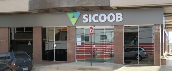 Foto Capa: Divulgação/Assessoria de Imprensa Sicoob-Credicarpa