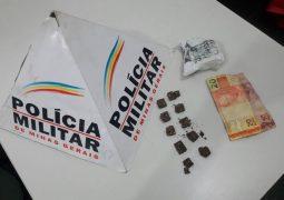 Em forte combate ao tráfico de drogas, PM realiza apreensões de drogas e menores em São Gotardo e Guarda dos Ferreiros