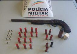 Arma e munições intactas, são apreendidas pela Polícia Militar em Tiros