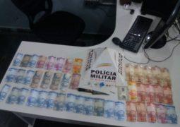 Homem que utilizava bar para traficar drogas é preso pela PM em São Gotardo