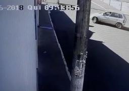 Veículo provoca acidente em São Gotardo e motorista foge sem prestar socorro