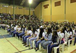 Alunos de escolas de São Gotardo se formam em projeto de combate às drogas desenvolvido pela Polícia Militar