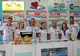 Semana iniciando, Drogaria Santa Terezinha, a sua farmácia de plantão em São Gotardo