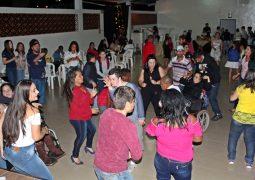 Durante a Semana Nacional da Pessoa com Deficiência Intelectual e Múltipla, Baile da Amizade é realizado na APAE de São Gotardo