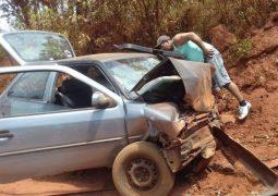 Mulher de Rio Paranaíba morre em grave acidente na zona rural de Tiros