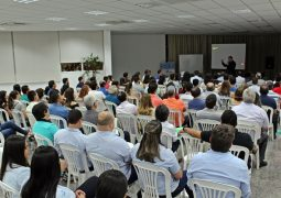 """Sicoob-Credisg, Sebrae e CDL-Acisg realizam palestra sobre o """"Varejo 4.0"""" em São Gotardo"""