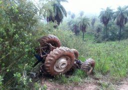 Tratorista de São Gotardo morre após capotar trator na Zona Rural de Tiros