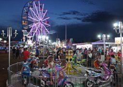 Corinto Center Park: Centenas de pessoas se divertem durante o final de semana em São Gotardo