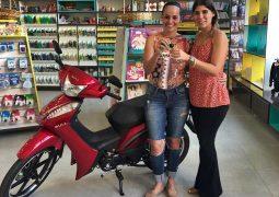 Papelaria ABC realiza sorteio de uma Moto zero KM para clientes de São Gotardo e Guarda dos Ferreiros