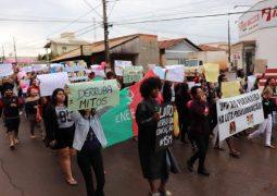 Alunos, Professores e Servidores da UFV em Rio Paranaíba realizam manifestação contra cortes de gastos do MEC
