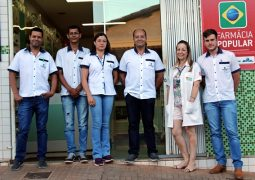 Neste início de Maio, Drogaria Santa Terezinha, sua farmácia de plantão em São Gotardo