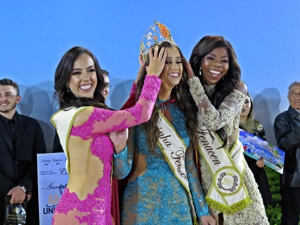 Rainha Natacha Ferreira e suas Princesas (Foto: SG AGORA)