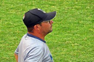 Técnico Grilo terá pouco tempo para acertar equipe (Foto: SG AGORA)