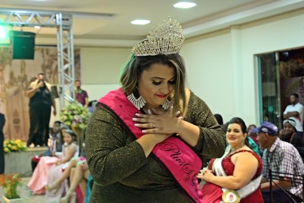 Primeira Miss Plus Size de São Gotardo, Priscila Amaral se despediu da faixa (Foto: SG AGORA)