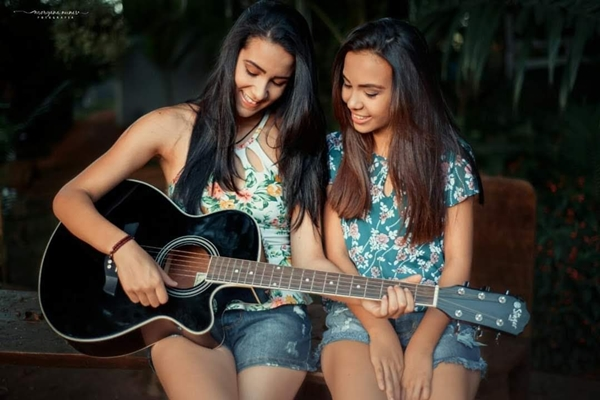 Foto Capa: Arquivo/Giovana Andrade e Karoline/Morgana Nunes Fotografia
