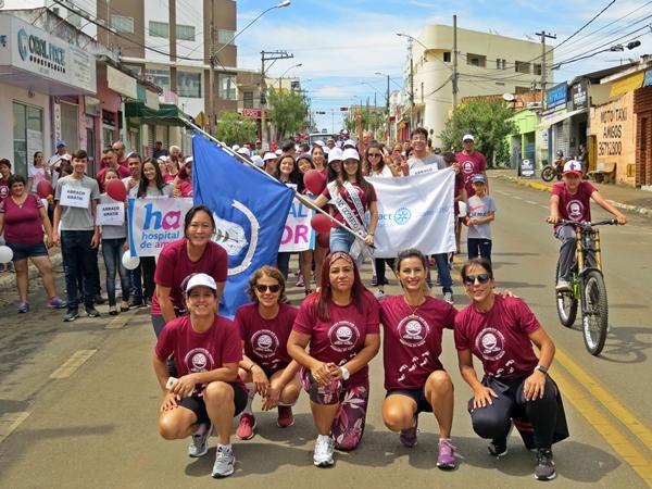 6ª Caminhada Passos que Salvam de São Gotardo (Foto: SG AGORA)
