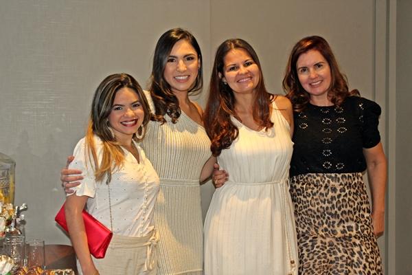 Equipe da Clínica Dermatológica Dra. Nathalia Oushiro (Foto: SG AGORA)