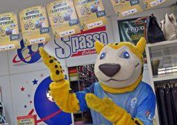 Mascote Wiki invade ruas de São Gotardo, Arapuá e Guarda dos Ferreiros, para divulgar 6ª Copa Alto Paranaíba Sicoob Credisg 20 anos