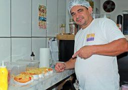 Delicioso: Em menos de 1 ano, HOT DOG do Baiano se destaca por seus lanches em São Gotardo