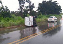 Motorista tem braço dilacerado em grave acidente na MG-230