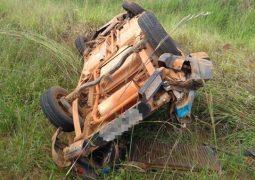 Veículo empresarial de São Gotardo se envolve em grave acidente na LMG-764