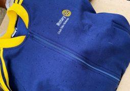 Rotary Club realiza entrega de vestuários da Campanha do Agasalho 2020 em São Gotardo