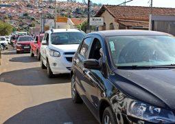 Comércio Fechado: Após carreata manifestativa, Secretária Municipal de Saúde de São Gotardo recebe comerciantes em reunião
