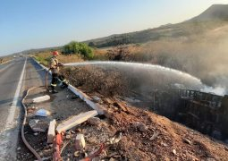 Caminhões pegam fogo após colisão e condutores sendo um deles de São Gotardo,  morrem na BR-116 no interior do Ceará