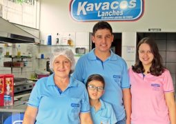 Sob nova direção, Kavacos Lanches aumenta leque de produtos e horário de funcionamento em São Gotardo