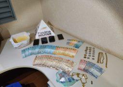 Polícia Militar Rodoviária prende dupla com dinheiro e cerca de 1 KG de drogas na BR-354
