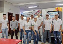 Família Pizzaria Dias deseja um Feliz Natal à toda população de São Gotardo!