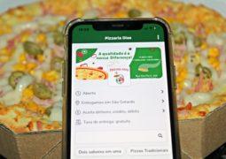 Somente hoje: Compre uma Pizza Tamanho Família na Pizzaria Dias e pague apenas 15 reais em uma Pizza Pequena