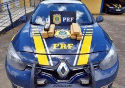 Maconha que seria distribuída em São Gotardo é apreendida em carro na BR-262 em Araxá
