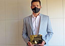 Promotor Dr. José Geraldo recebe título de Embaixador do FIA de São Gotardo