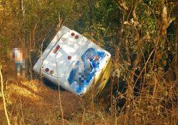 ATUALIZADA: Mulher morre em tombamento de ônibus em estrada vicinal entre os municípios de São Gotardo e Matutina