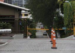 Perícia que contradisse porteiro de condomínio de Bolsonaro tem lacunas