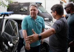 Garotinho e Rosinha deixam a prisão após decisão do ministro Gilmar Mendes